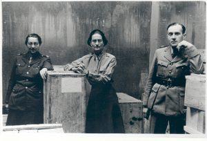 Rose Valland, Edith Standen, Hubert de Bry, Wiesbaden, Mai 1946